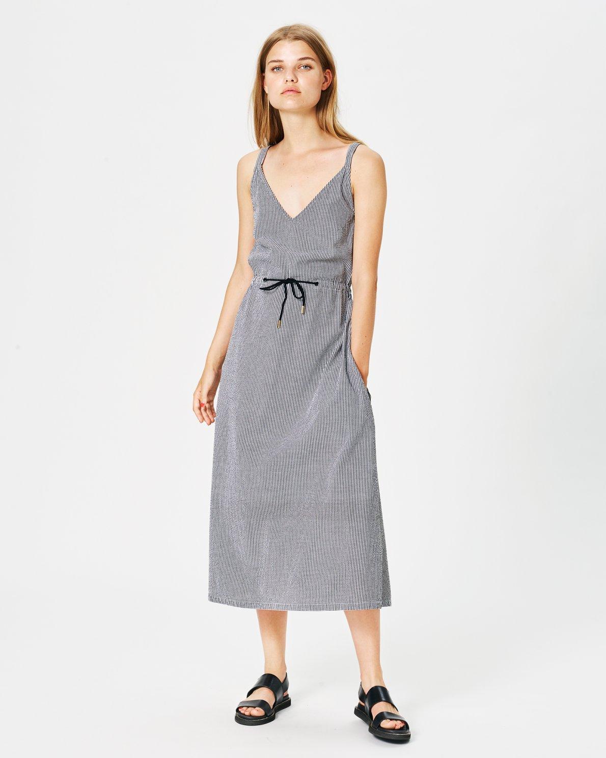 c4668f15c6e7 OUTLET Clothing - Moss Copenhagen - Lena Dress